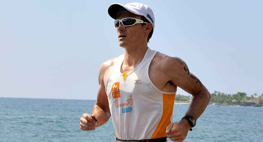 Ángel Herraiz, fisioterapeuta y triatleta